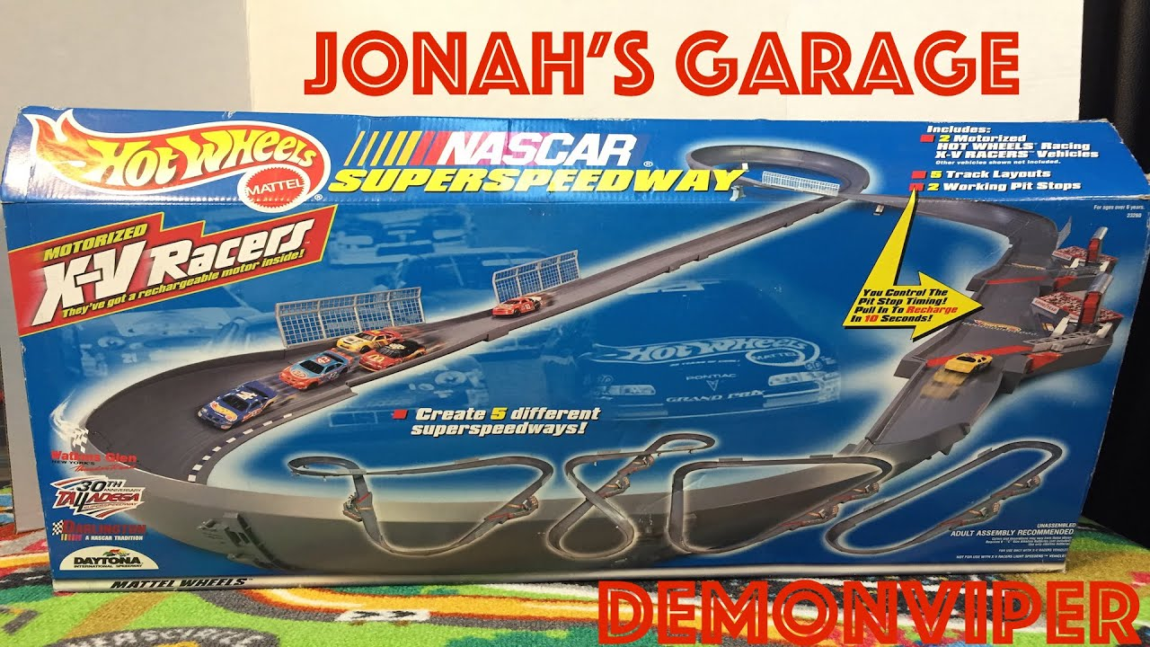 hot wheels nascar super speedway motorized xv racers