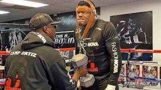 LUIS ORTIZ TORTURING NECK WITH 45LBS DUMBBELL IN CAMP - PREPARING FOR WILDER'S BEST PUNCH