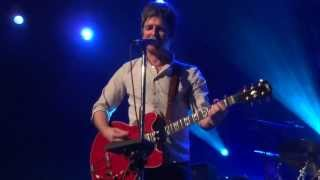 Noel Gallagher - (I Wanna Live in a Dream In My) Record Machine