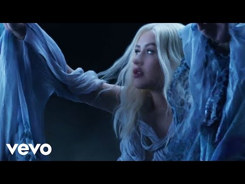 Смотреть клип Christina Aguilera - Reflection