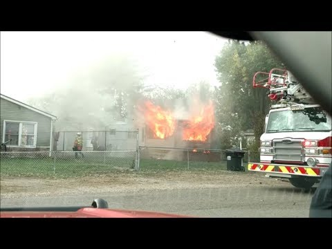Newark Ohio Fire Department Structure Fire With Possible Entrapment 987 Idlewilde