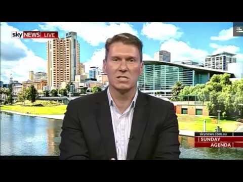 Cory Bernardi says inherent dignity in being a Senator before calling Jacqui Lambie thick