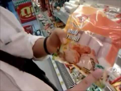 ฟ โฟร์พาเที่ยวตอน การเลือกซื้ออาหารแบบนนนี่