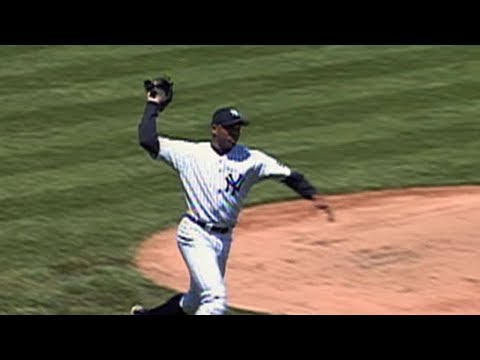 MLB Throwing the Glove