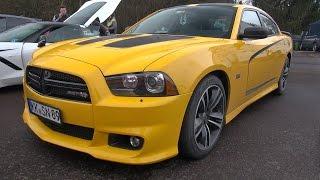 Dodge Charger SRT8 Super Bee - Drag Racing!