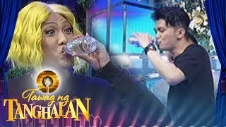 Tawag ng Tanghalan: Vice and Vhong share one bottled water