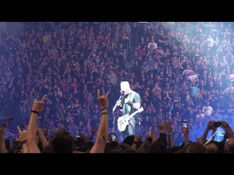 Metallica: Seek & Destroy (MetOnTour - Cologne, Germany - 2017)