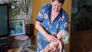 Как подмывать новорожденного. Мы над эти видео и плакали и долго смеялись.