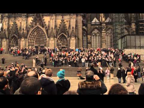 COLOGNE CHRISTMAS MEDLEY FLASHMOB