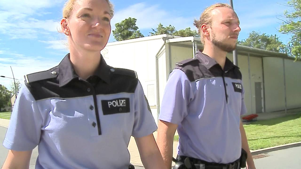 polizei sachsen anhalt rundgang durch die fh polizei youtube. Black Bedroom Furniture Sets. Home Design Ideas