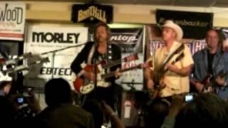 Larry Collins & Deke Dickerson at Guitar Geek Fest 2009 - Whistle Bait