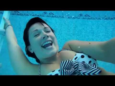Underwater & Swimming pool - Minimal House Music (unnoficial video clip)