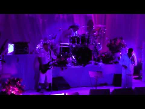 Faith No More - November 8, 2011 - Argentina - full show, 2 cam with sbd audio