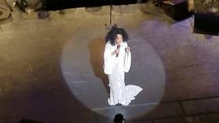 Diana Ross - I Will Survive (Live @ New York City Center, April 28, 2017)