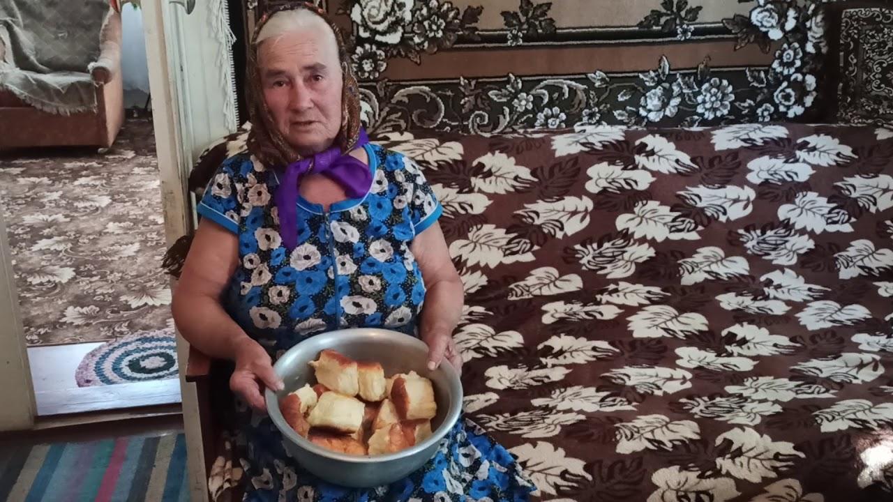 """Рецепт пиріжків від Галини Кондрашенко 1941 р.н. """"Смачна Кіровоградщина""""."""