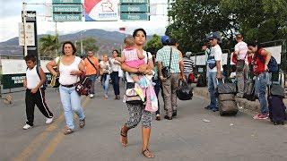 Ни еды, ни виз: венесуэльцы пытаются бежать из страны (новости)