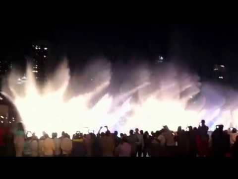 Musical fountain at Dubai Mall The Freaks-Thriller 2015. Поющие фонтаны в Дубае