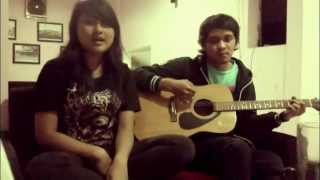Mbott Carolline ft. Wesnu TheOverture - Hujan (Utopia Acoustic Cover)