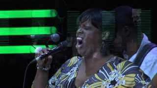 "Dianne Reeves ""Smile"" Live at Java Jazz Festival 2009"