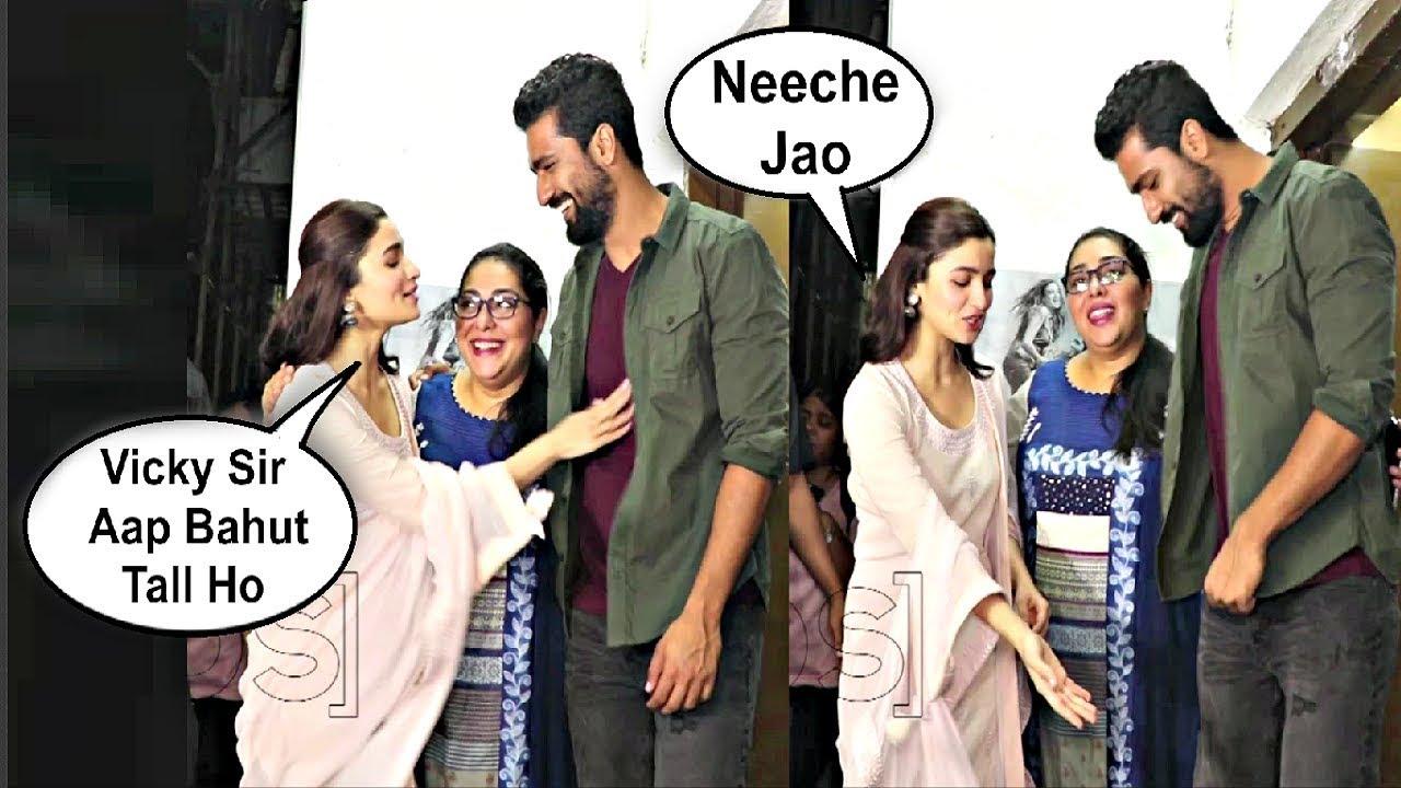 Alia Bhatt Makes Fun Of Vicky Kaushal In Front Of Media At Raazi Movie Screening