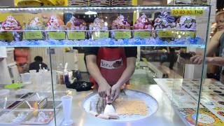 Chiang Mai Night Bazaar Ice Cream Rolls (fried Ice Cream)