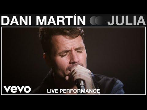 Смотреть клип Dani Martin - Julia