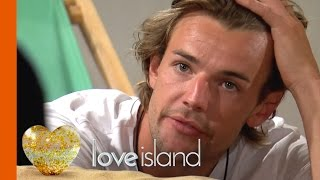 Terry Weighs Up His Options   Love Island 2016