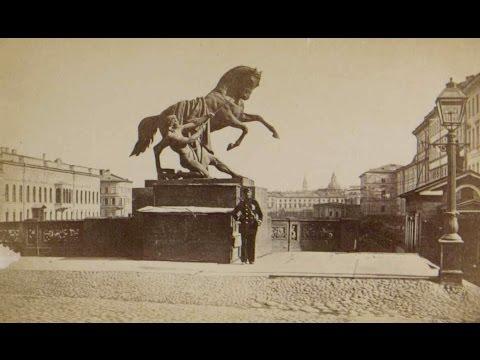 Nineteenth Century St  Petersburg in original photographs,