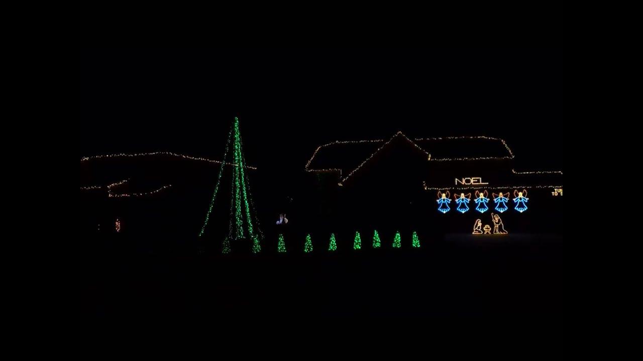 Where\'s the line to see Jesus? Christmas Light Show 2013 Lightorama ...