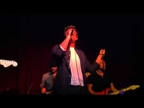 Hunter Parrish - Down So Low (Hotel Cafe)