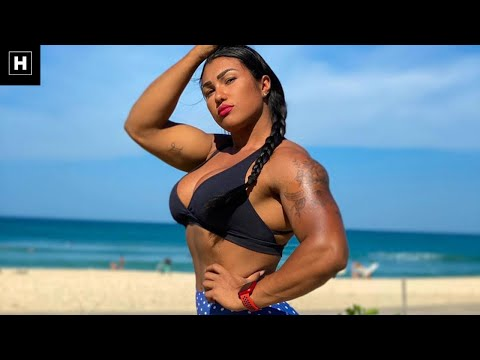 Queen QuadZilla's Total Upper-Body Routine  | Alessandra Alves De Lima