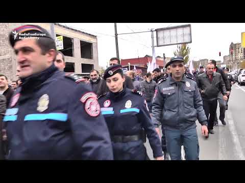 Pashinian Leads Rally In Yerevan Ahead Of Snap Elections
