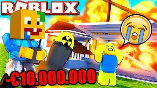 VITAMINE DESTROYED A €10,000,000 VILLA IN ROBLOX!