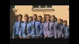 Шкільний огляд-конкурс військово-патріотичної пісні та строю старшокласників.