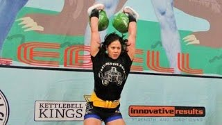 Kimberly Fox - 2 x 24 kg kettlebell long cycle 61 reps (NEW RECORD)