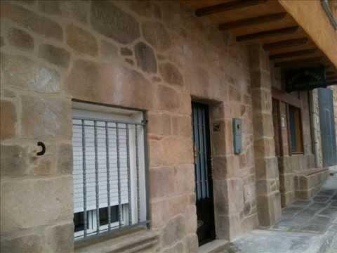 Fachada piedra r stica tematizaci n con mortero estone tex - Piedra rustica para fachadas ...