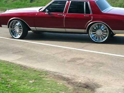 1980 Chevy Caprice on 24in rims
