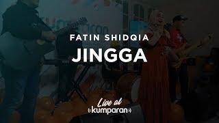 Sebelum resmi rilis di seluruh platform musik, fatin shidqia sudah terlebih dulu membawakan lagu 'jingga' secara ekslusif dan pertama kalinya kantor kumpa...