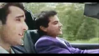 (Madhuri, Sanjay Kapoor, Akshay Khanna)-Aaina Bataa Kaise - YouTube.flv