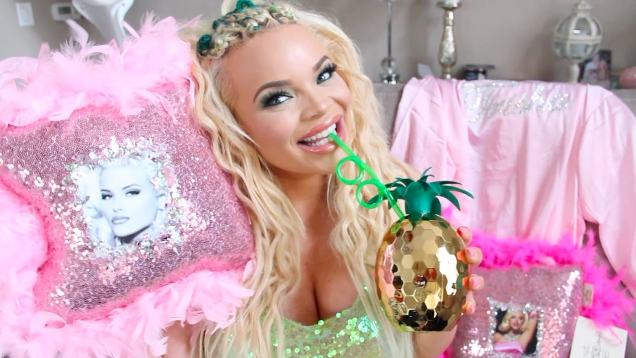 GIRLY THINGS HAUL 2017 | SPARKLE BLING AND PINK! - YouTube Girly Blog Youtube