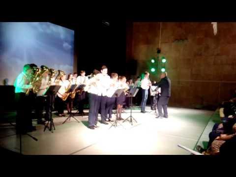 оркестр под управлением заслуженного работника культуры РФ В Трефилова, Вятские Поляны