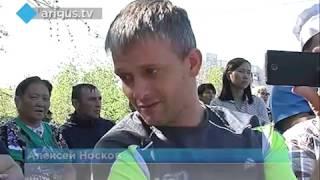 В Улан-Удэ на крыльце БСМП прошёл благотворительный концерт