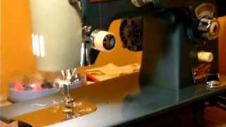 "UNIQUE ""EDISON"" ZIGZAG 1.5AMP SEWING MACHINE w PASTEL CAMS"
