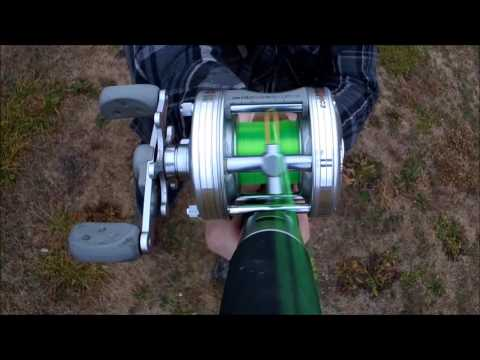 Casting Abu Garcia 5500 C3 Bait Caster Multiplier Round Fishing Reel