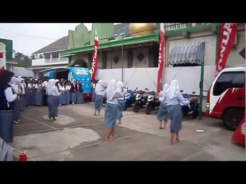 Tari Jaipongan SMA SMK YAPAN Depok, Honda Schoollicious 2012