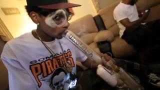 Gucci Mane ft. Wiz Khalifa - Nothin On Ya W/lyrics