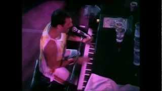 Bohemian Rhapsody (live at Wembley Stadium, Londra) - testo Ita