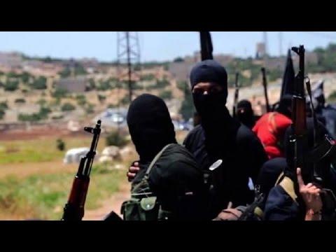 30-4-2017 | داعش ينفذ اعدامات بحق المدنيين في ريف درعا الغربي.. وعناوين أخرى في #أخبار_اليوم  - نشر قبل 4 ساعة