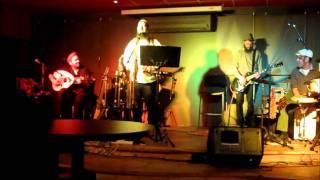 אבישי עמיצור להקת לכתחילה מוסיקת עולם אח של סלים