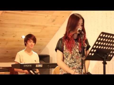 Ti-a Hai Chau - Let Me Go (Acoustic cover)